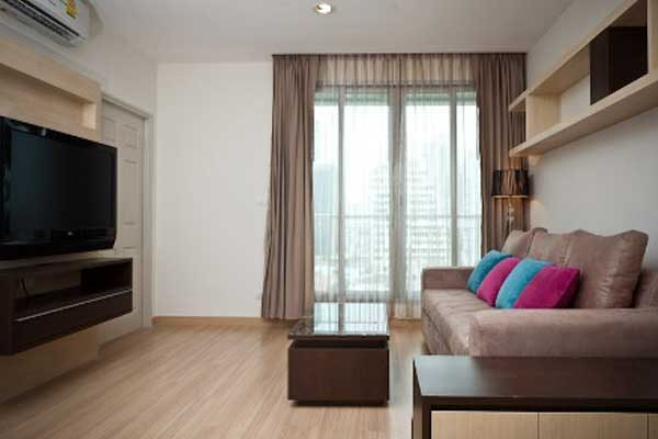 Life-Sathorn-10-salerent0617-2br-feat